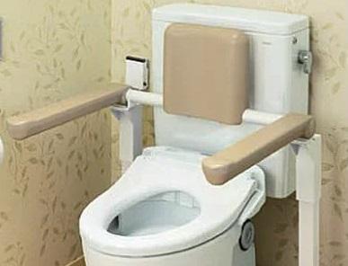 介護施設用トイレ背もたれ|ウレタンの便利屋|三栄ポリウレタン